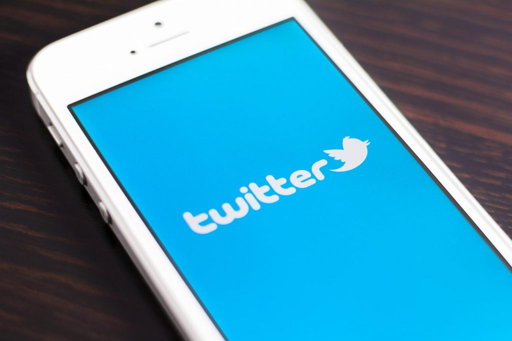 How to Leverage Twitter to Promote Your Mobile App - Twitter